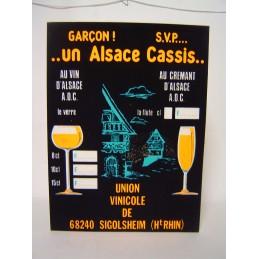 Garçon SVP un Alsace Cassis...
