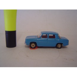dinky toys renault 8