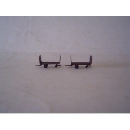 2 chariots de quai de gare...
